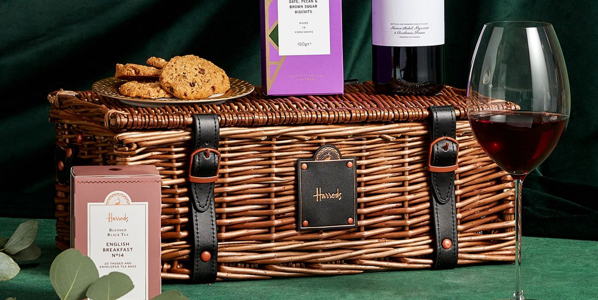 The best Christmas hampers under £50