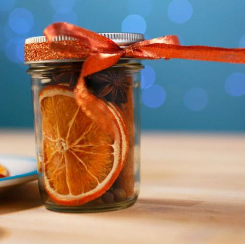 28 diy mason jar gift ideas homemade gifts in mason jars image solutioingenieria Image collections