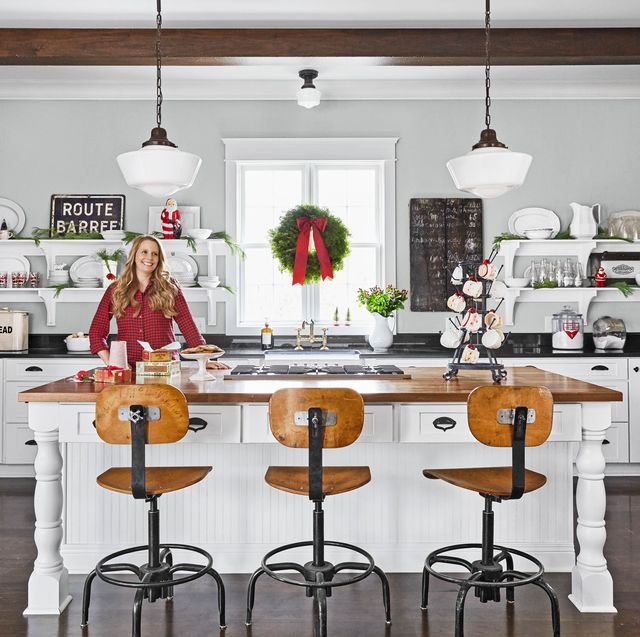 25 Christmas Kitchen Decorating Ideas - How to Decorate Your ...