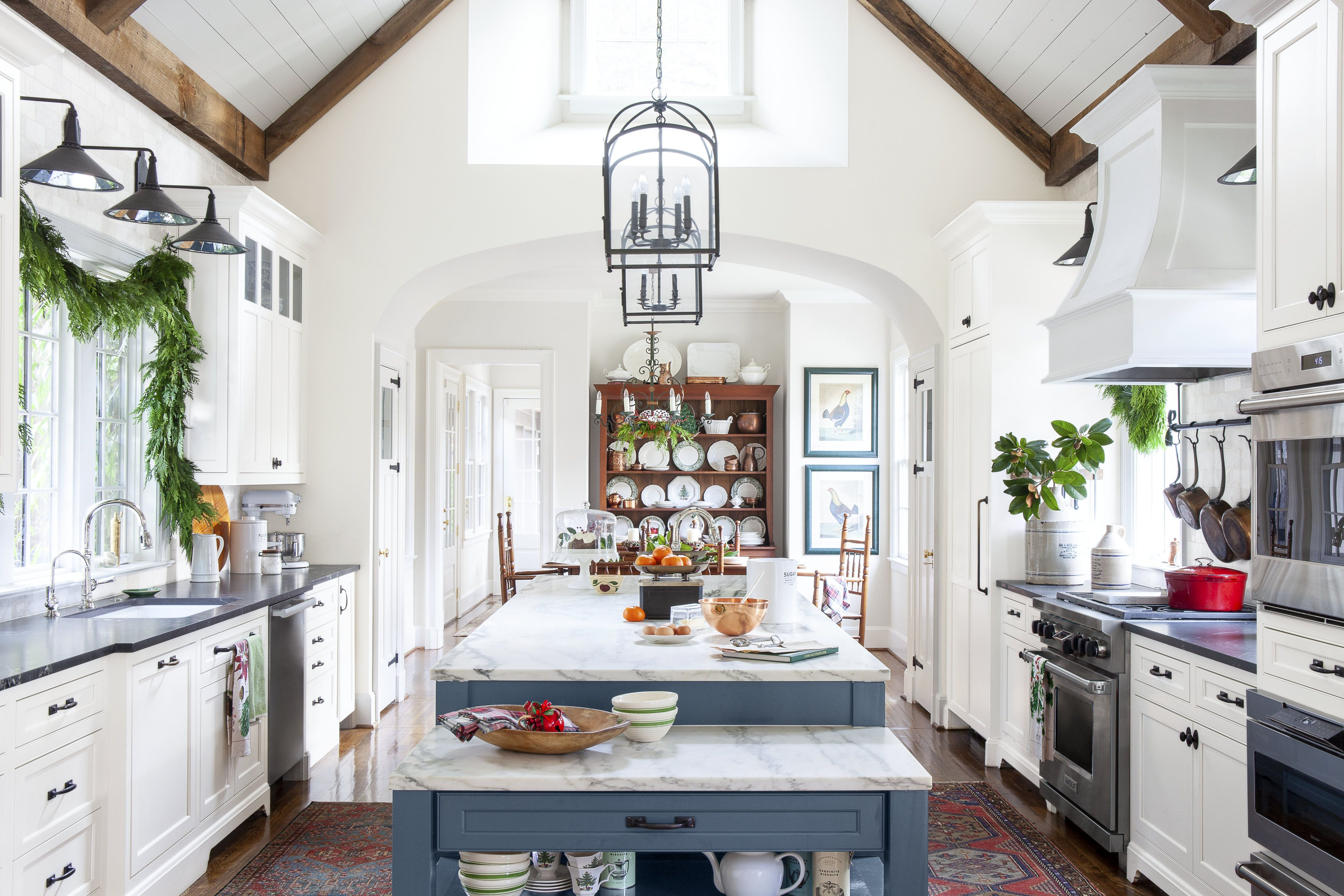 9 Kitchen Christmas Decorating Ideas - How to Decorate Your