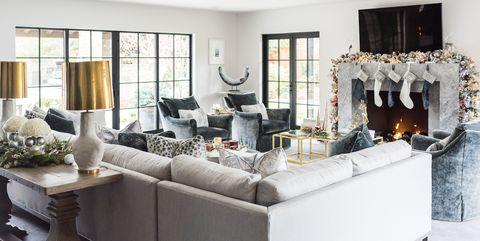 20 Stunning Christmas Living Rooms - Holiday Living Room ...