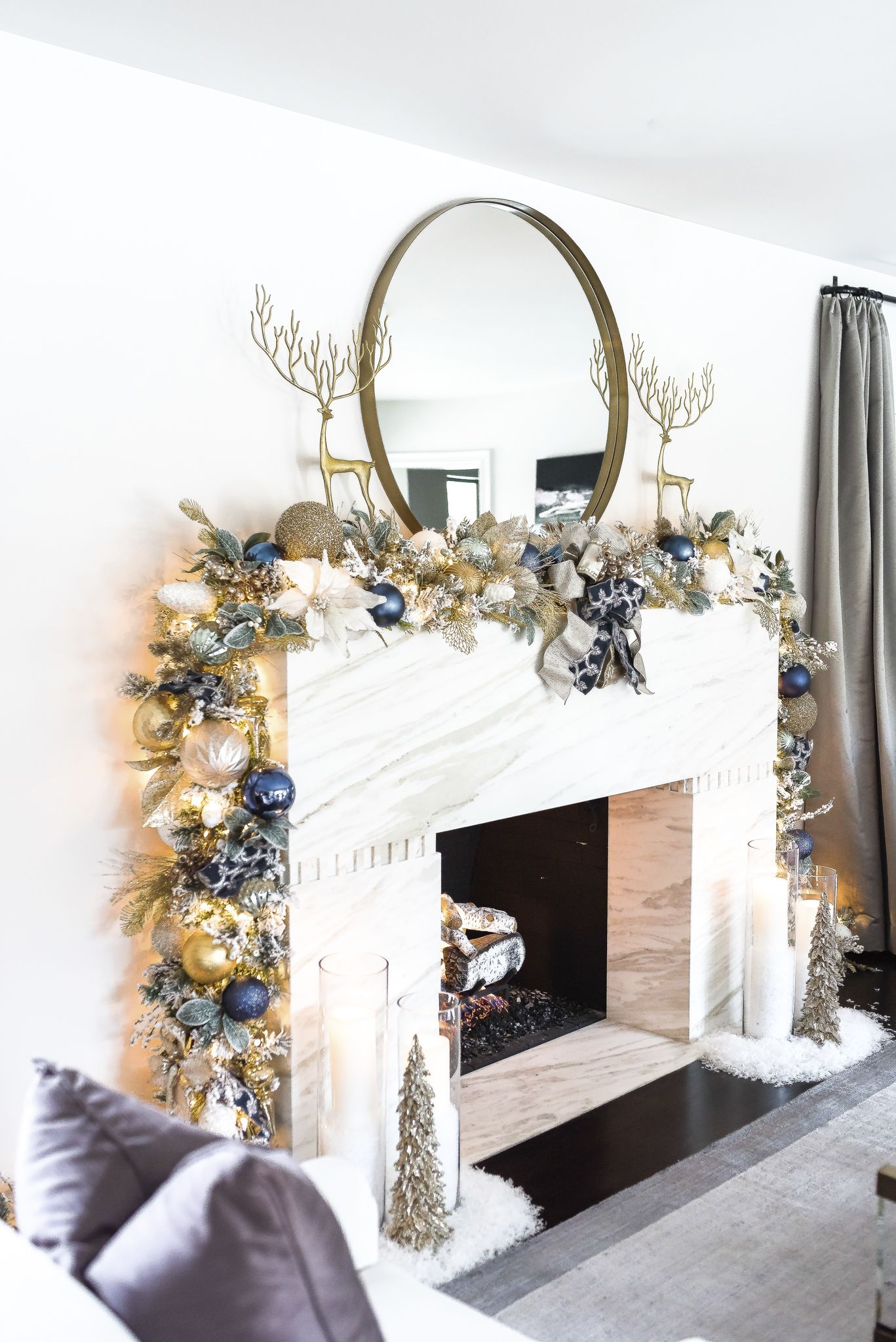 25+ Christmas Mantel Decor Ideas , Fireplace Holiday Decorations