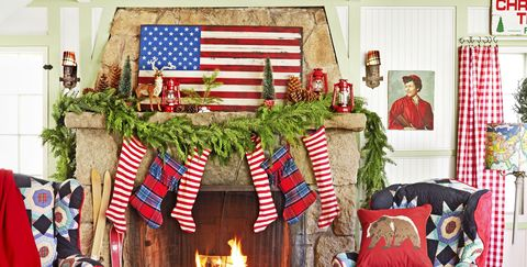 christmas mantel decorations - Christmas Fireplace Decorating Ideas