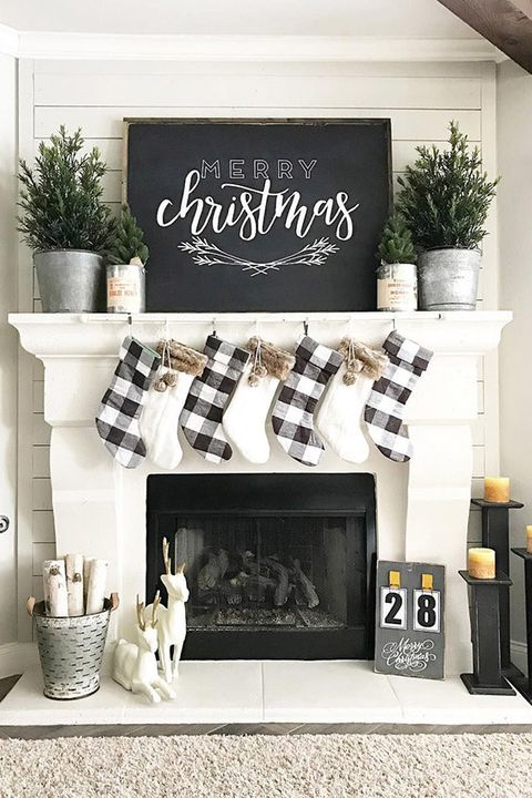Christmas Mantel Decorations Black And White
