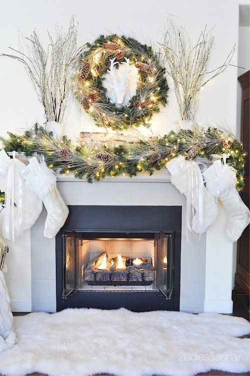 56 Christmas Mantel Decorations - Ideas for Holiday Fireplace Mantel Decorating