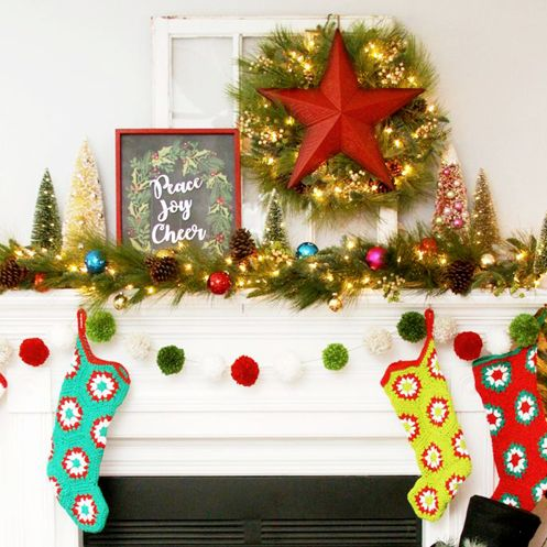 Christmas Mantel Ideas 2020 30 Festive Christmas Mantel Ideas   How to Style a Holiday Mantel