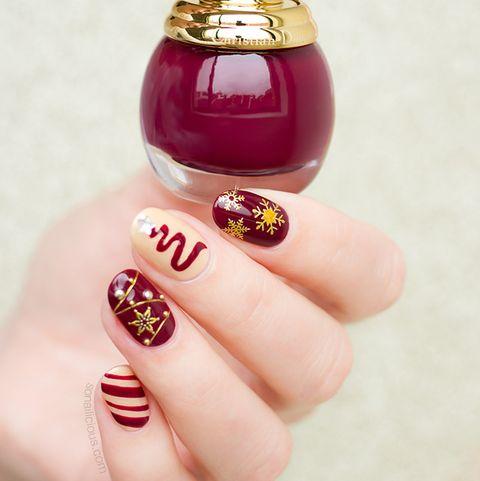 30 christmas nail art design ideas 2020 easy holiday manicures 30 christmas nail art design ideas 2020