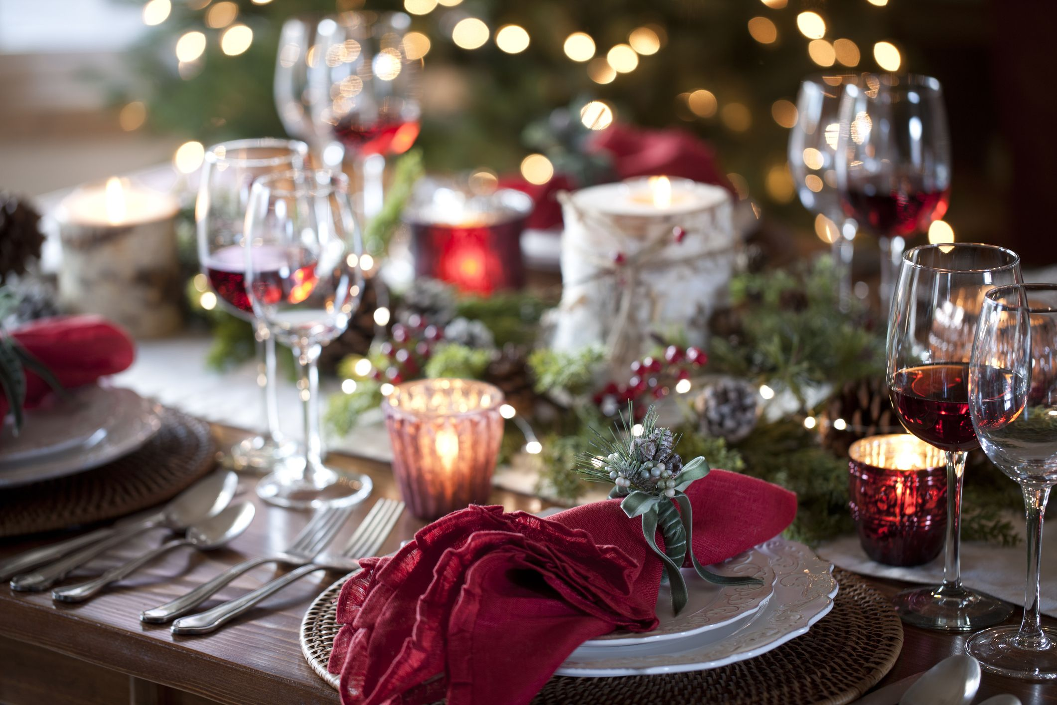 The Best Napkin Rings for a Glam Christmas Dinner Table