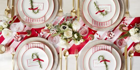 ae88435d2556a0 20 Fun Family Christmas Party Ideas - Holiday Party Food and Decor Tips
