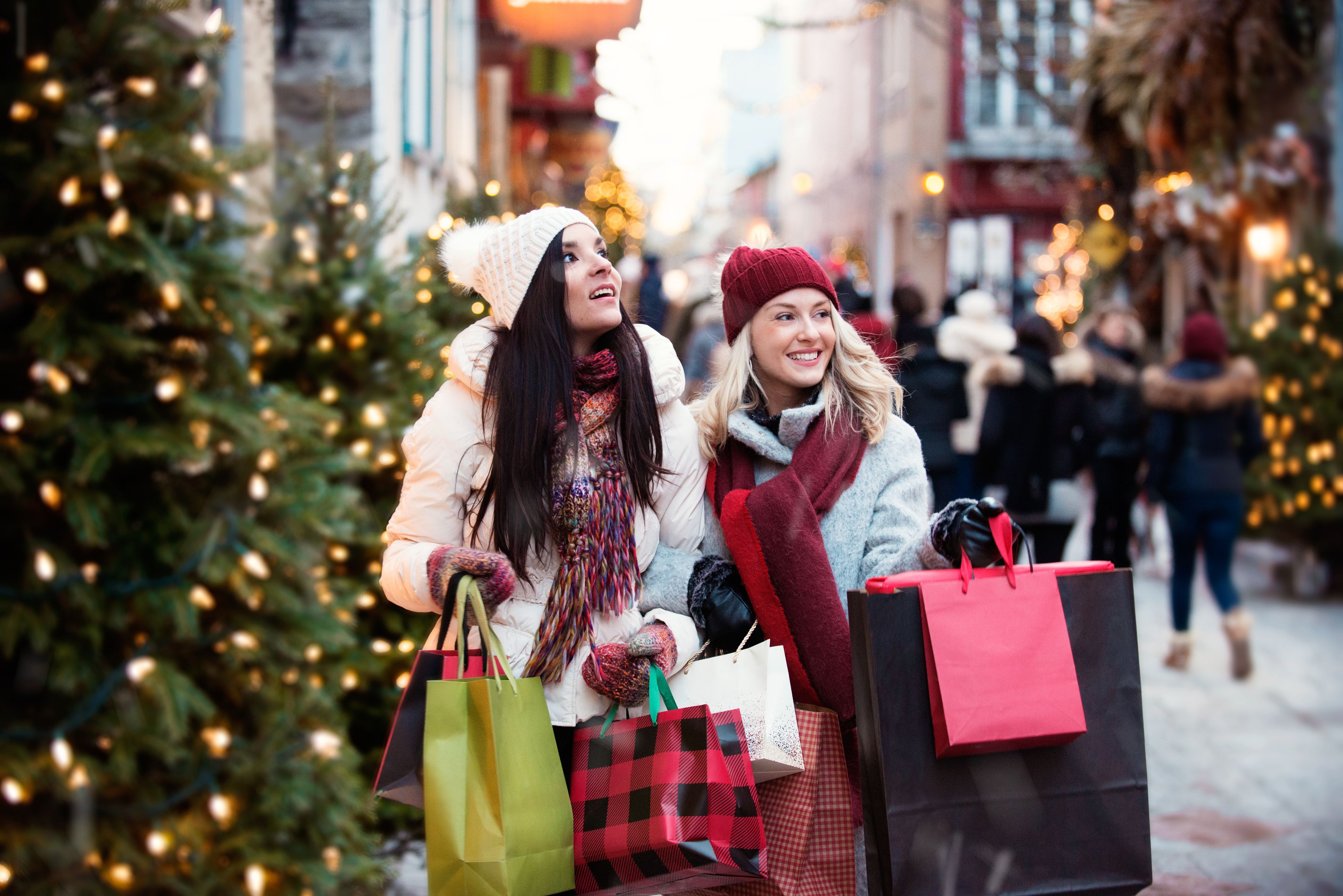 Which Stores Are Open on Christmas Day 2020?