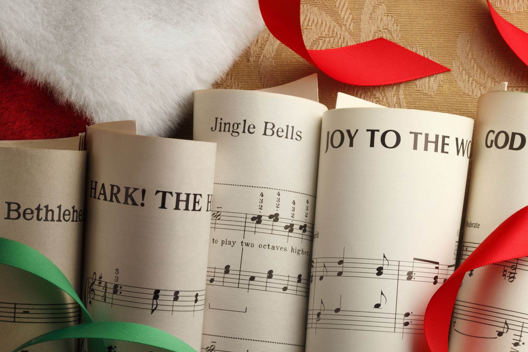 15 Best Religious Christmas Songs for the Most Heavenly Holiday Playlist