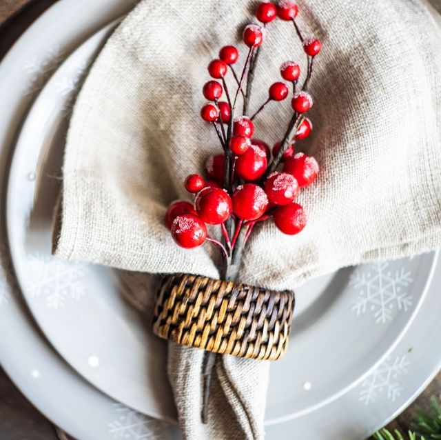 cranberry place setting