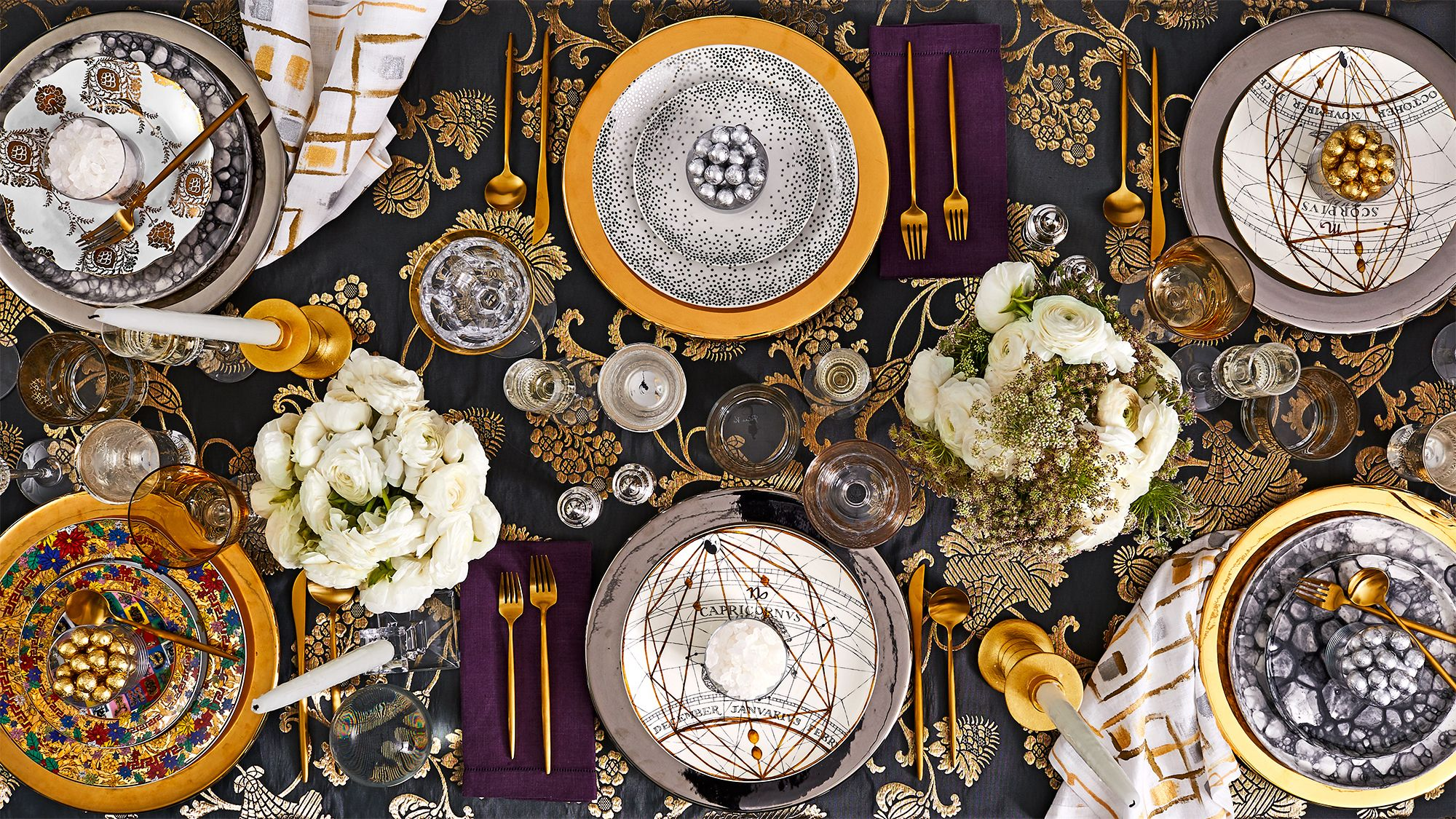25 Best New Year S Eve Decorations For 2021 2021 New Year S Decorations