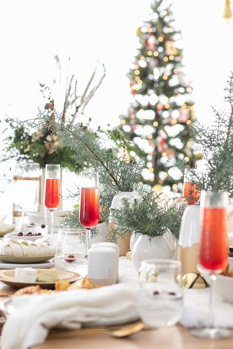 53 Best Christmas Table Settings Decorations And