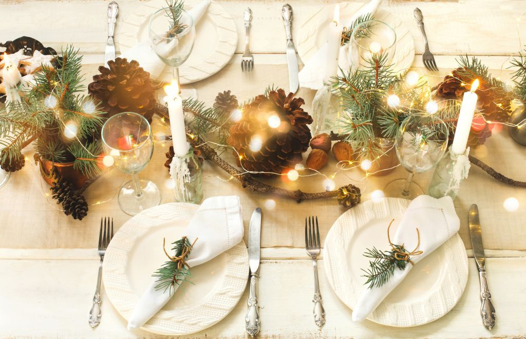 How to lay the perfect Christmas dining table