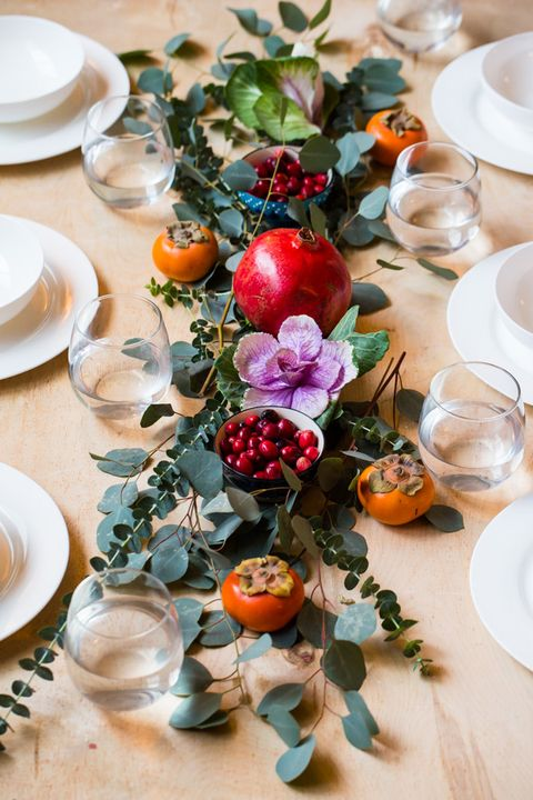 40 Best Christmas Table Settings - Decorations and ... - photo#37