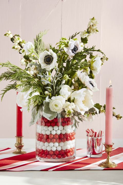 christmas table settings vase