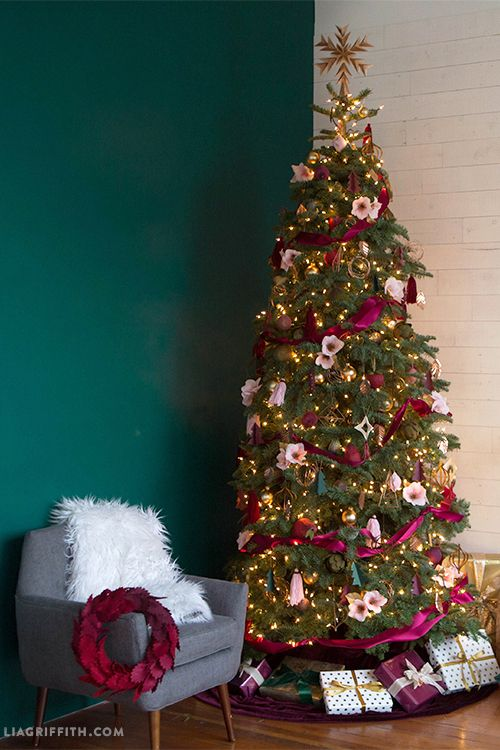76 best christmas tree decorating ideas how to decorate achristmas tree decorating ideas pink