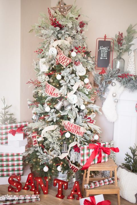christmas tree decorating ideas red green