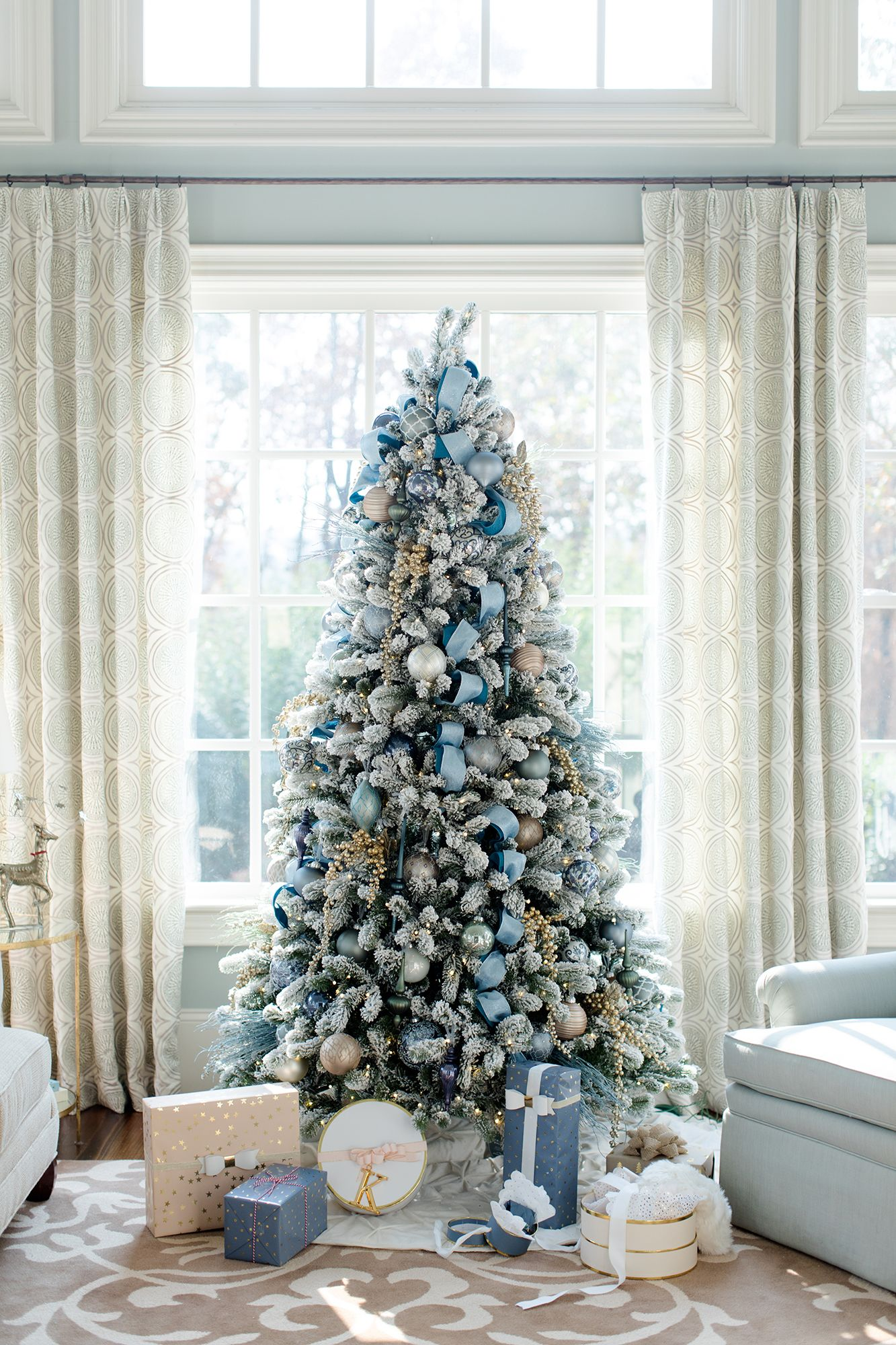 stunning christmas tree ideas 2018 best christmas tree decorating tips - Frosty Blue Christmas Decorations