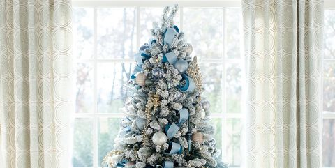 2017 christmas home decor ideas holiday gifts decorating for Elle decor christmas tree