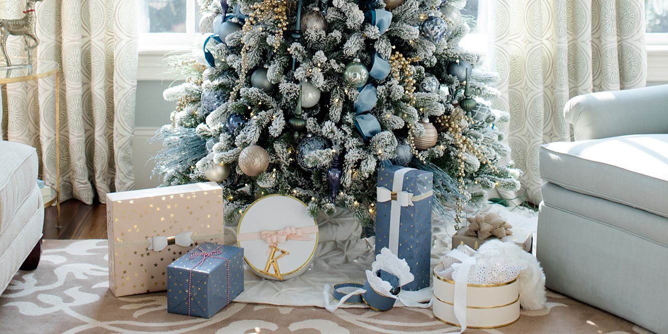 Blue And White Living Room Decorating Ideas 30 beautiful christmas tree decoration ideas 2017