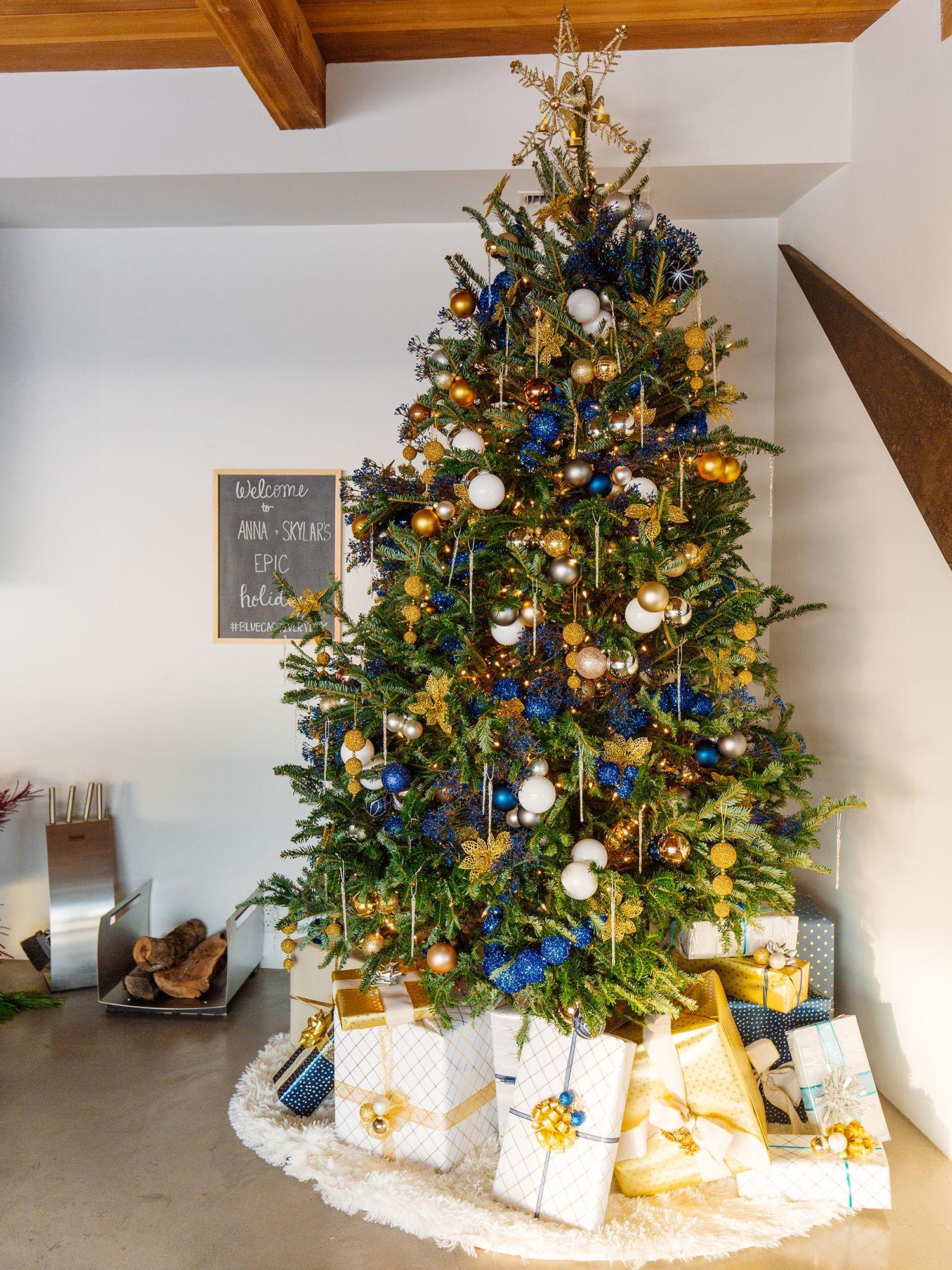 christmas tree decorations & Stunning Christmas Tree Ideas 2018 - Best Christmas Tree Decorating Tips