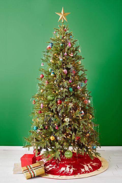 christmas tree ideas, classic christmas tree
