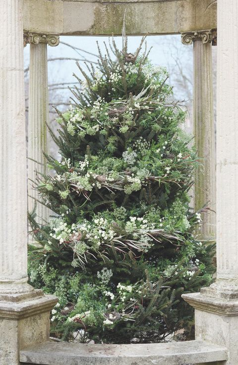 christmas tree ideas by floral designer emily thompson