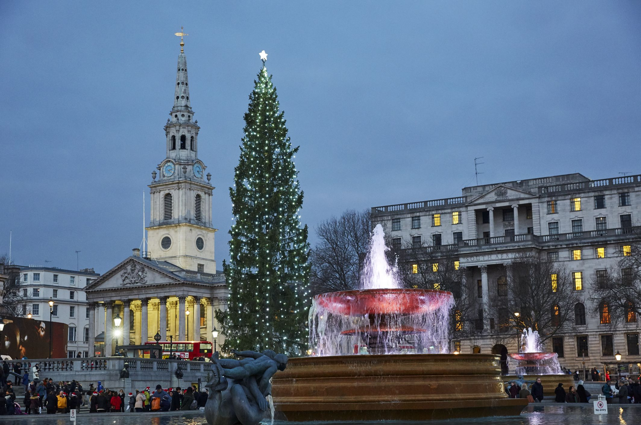 Londons Christmas Tree In Trafalgar Square Is Donated Each Year By Which Country.25 Surprising Christmas Facts Christmas Trivia You Should Know