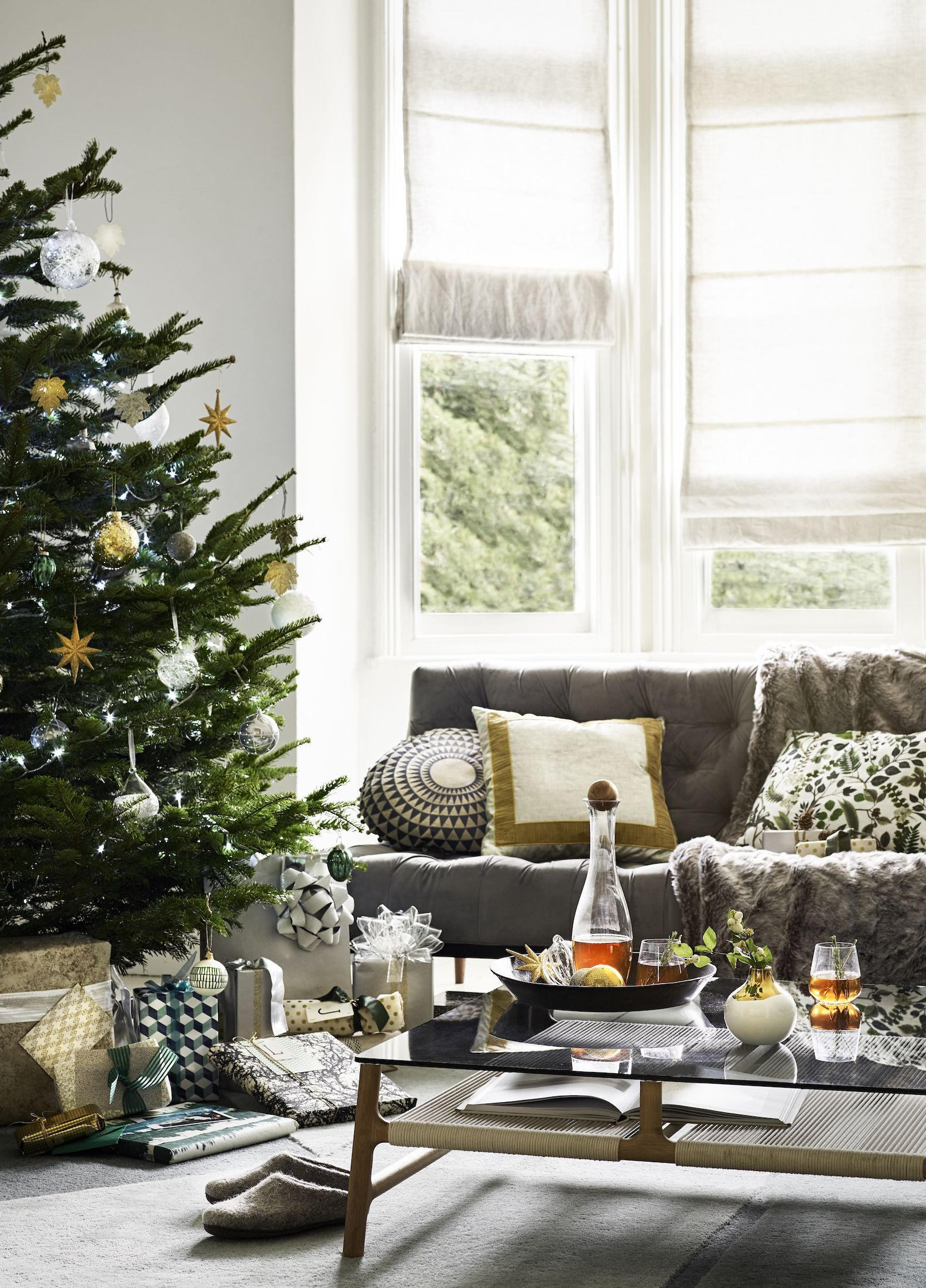 How to declutter your home in time for Christmas: everything you need to do