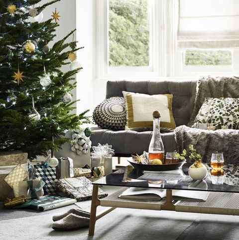 How To Declutter Your Home For Christmas: Decluttering Your ...