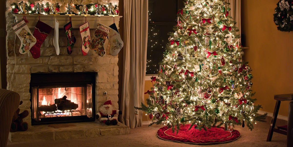 15 Elegant Christmas Tree Skirts