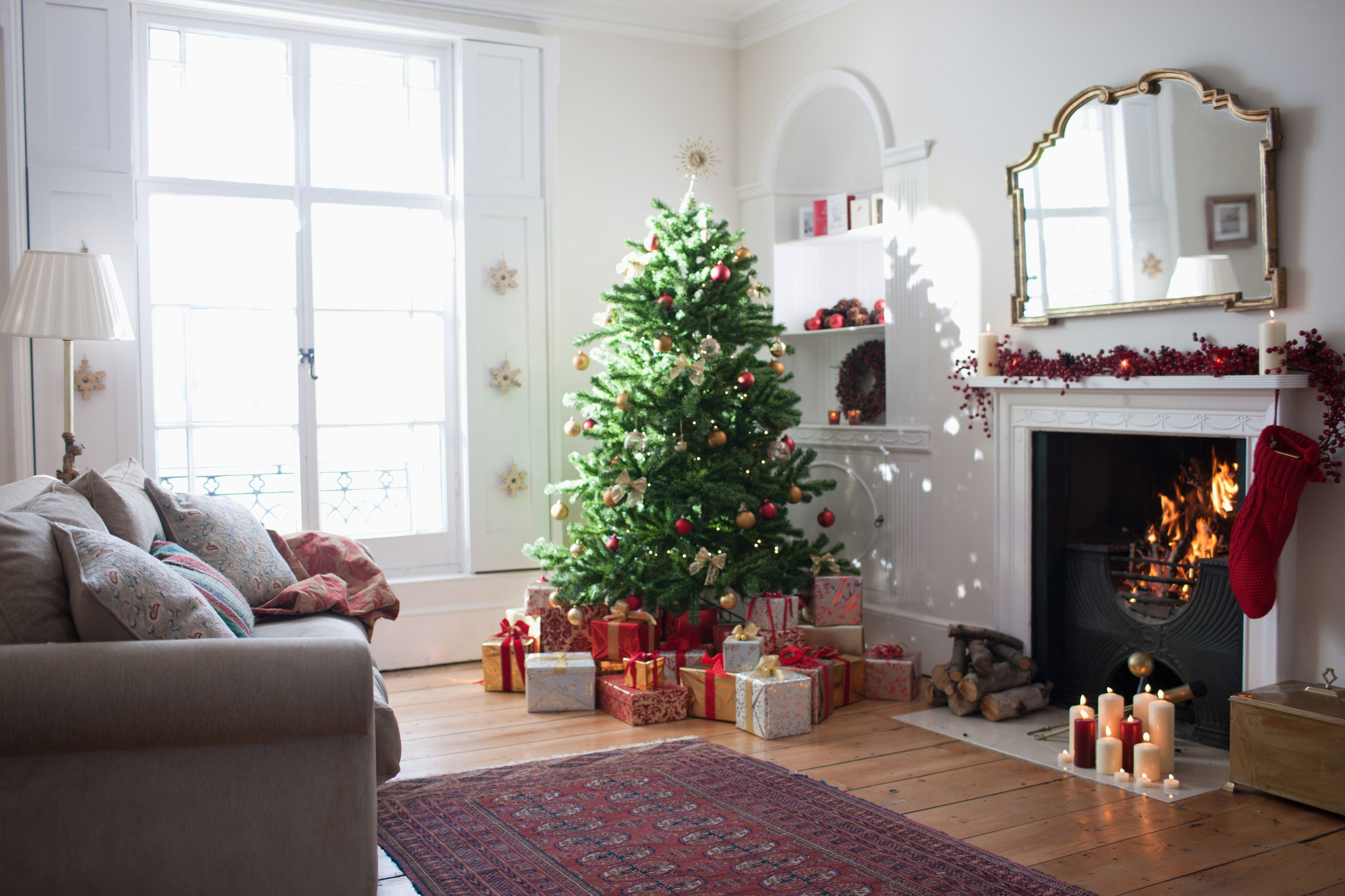 The Best Christmas Tree Stands to Buy 2018 - Top Holiday Tree Stands