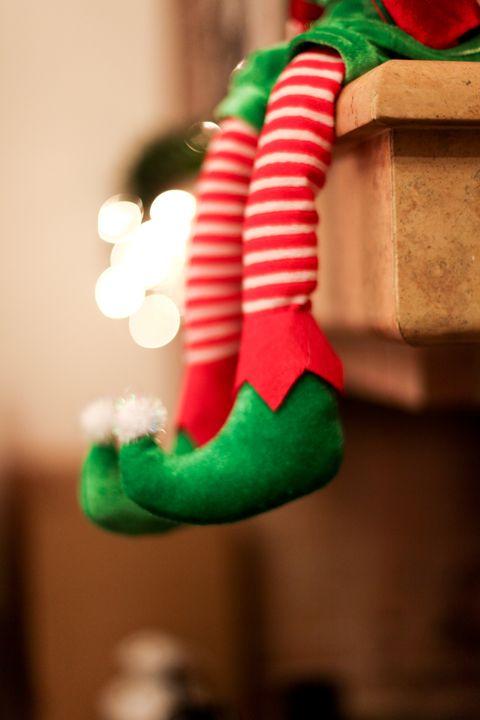christmas trivia questions elf shelf