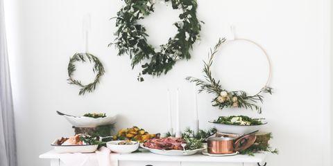 Christmas Dinner Decor Ideas.19 Christmas Wall Decorating Ideas Elegant Holiday Wall Decor