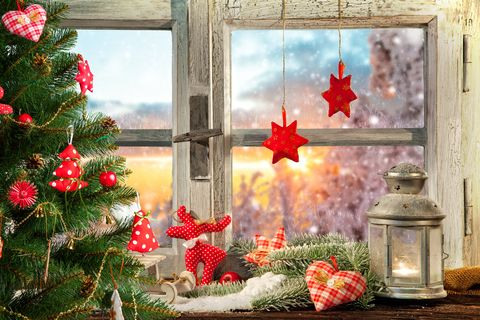 atmospheric christmas window sill decoration - Window Sill Christmas Decorations