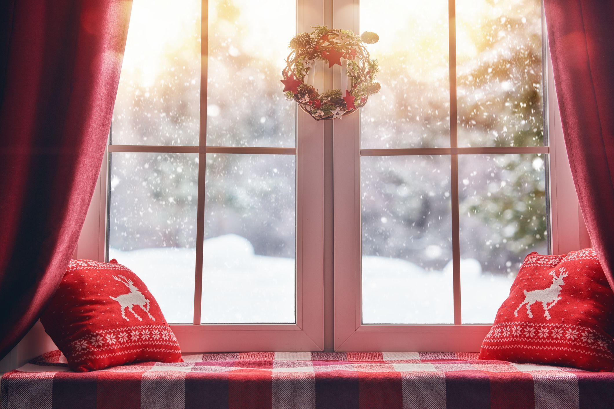 20 Christmas Window Decorations to Bring on the Holiday Cheer
