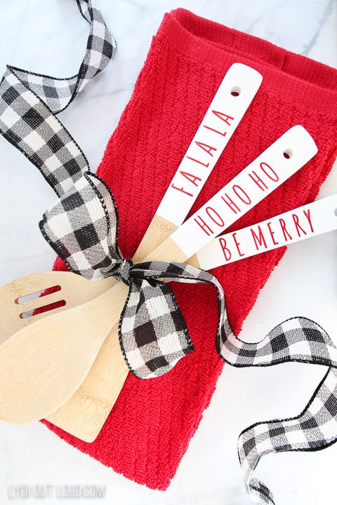 christmas words wooden spoons christmas wood crafts