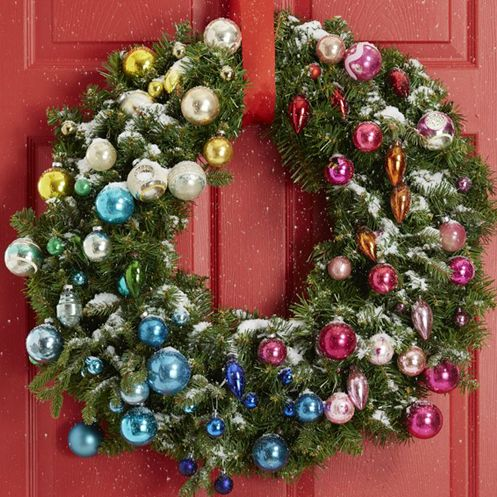12 DIY Christmas Wreaths - How to Make a Holiday Wreath Craft