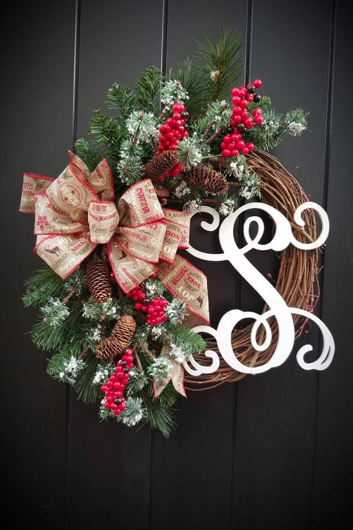 Christmas Wreath Initial