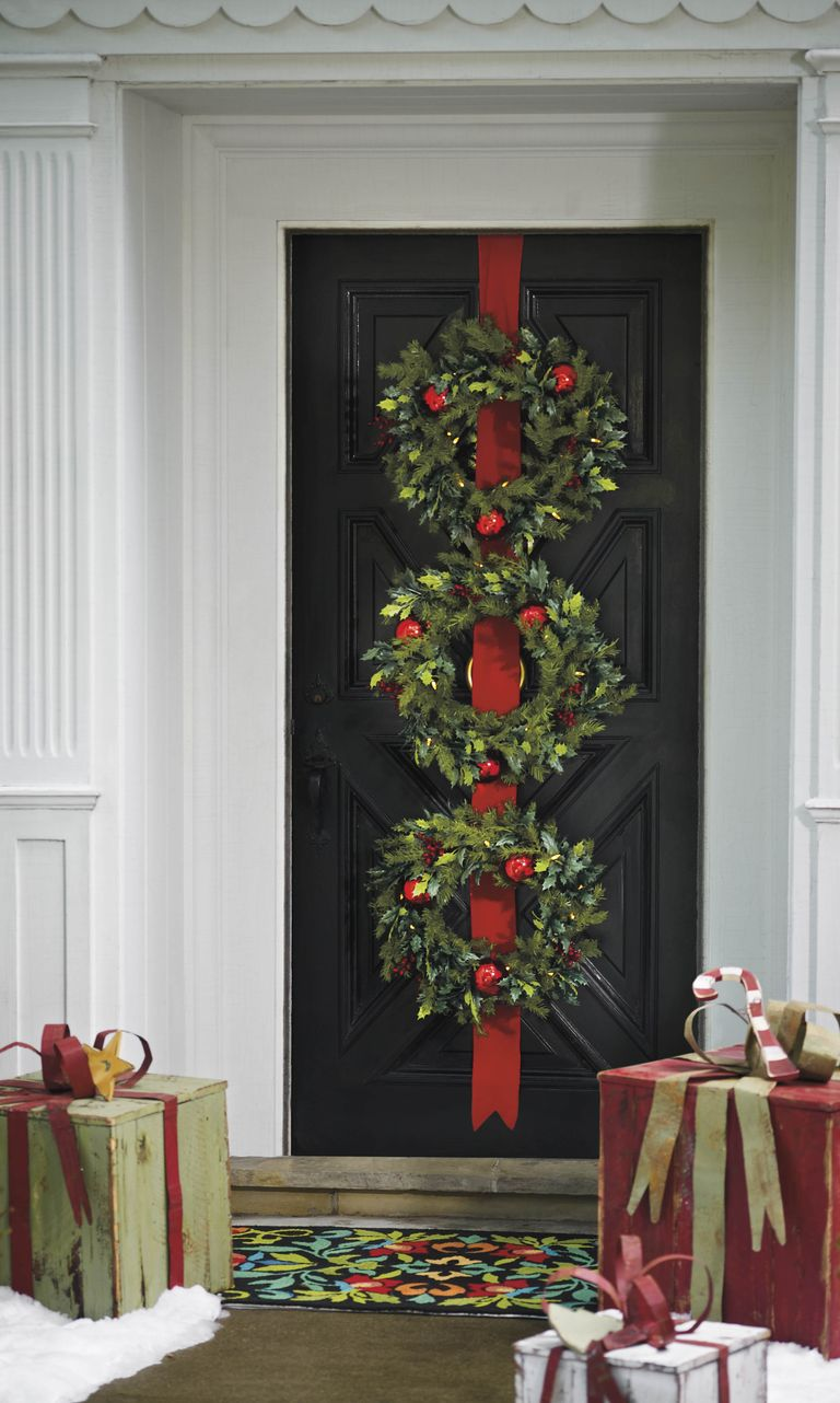55 Best Christmas Door Wreath Ideas 2017 Decorating With