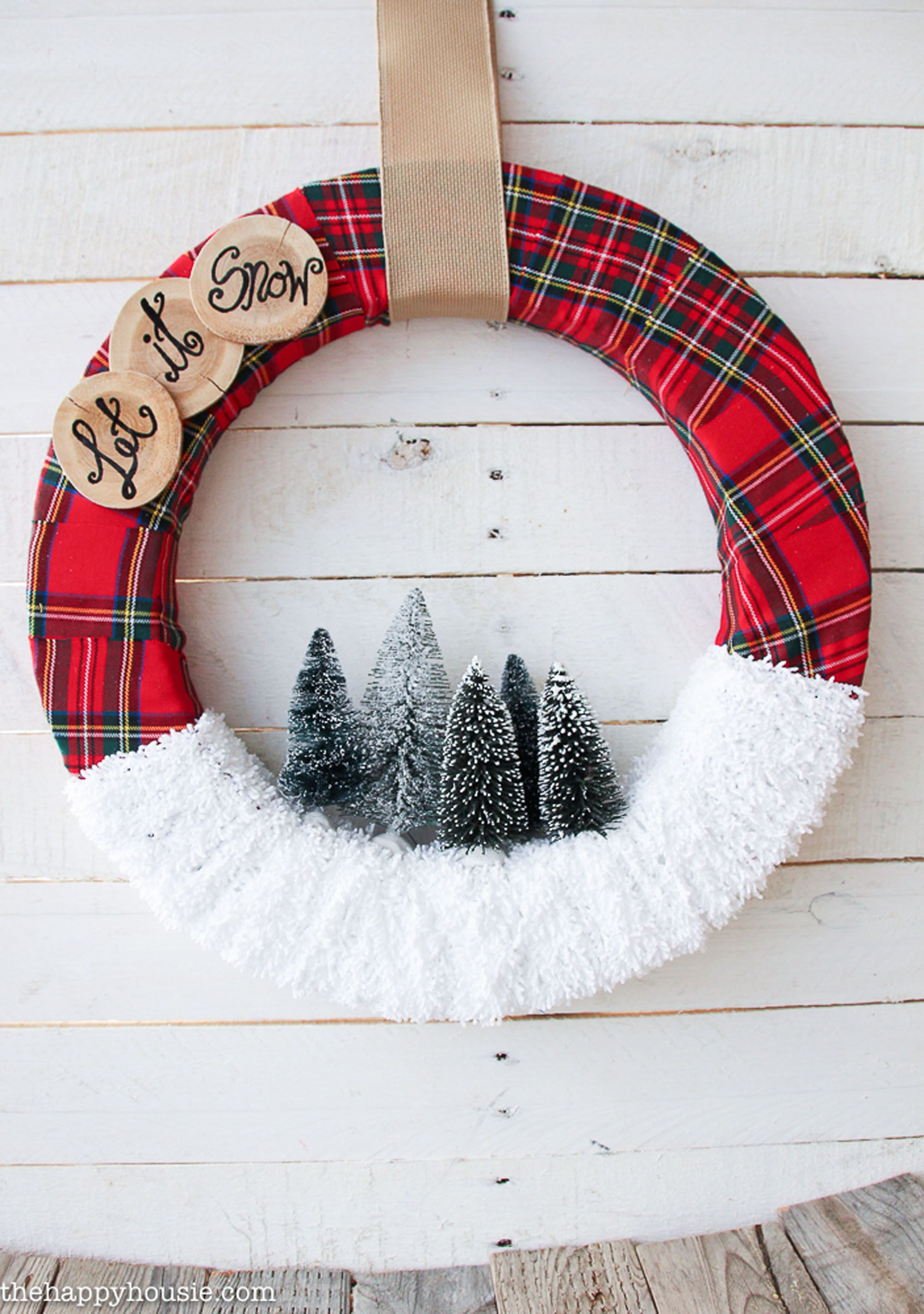 65 DIY Christmas Wreath Ideas - How To Make Holiday Wreaths Crafts
