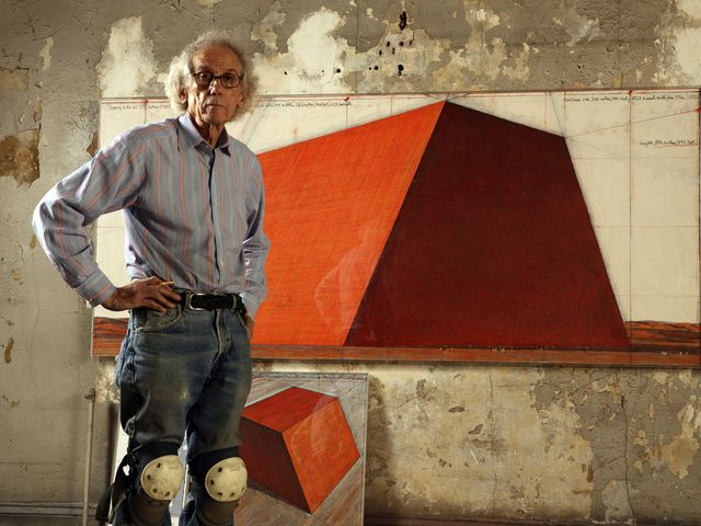 5e75334151 Christo: The Artist Behind The Largest And Most Expensive Sculpture Ever  Created
