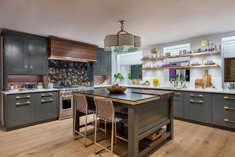 Countertop, Cabinetry, Furniture, Room, Kitchen, Property, Interior design, Green, Building, Ceiling,