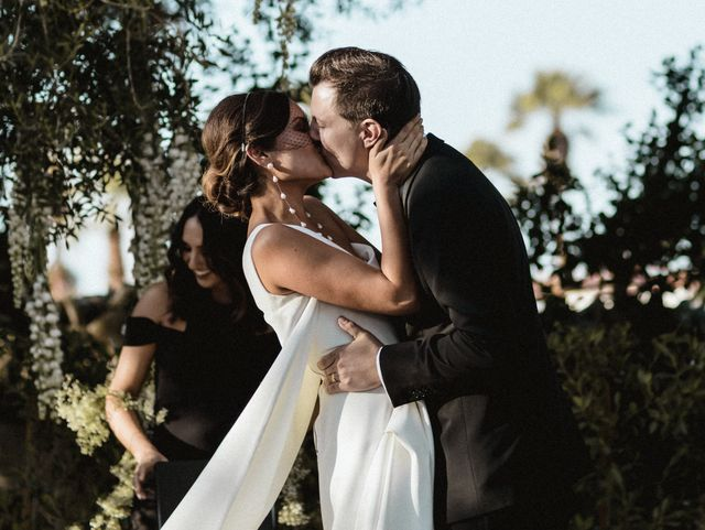 This Bridal Owner Wore Five Diffe Dresses For Her Palm Springs Wedding