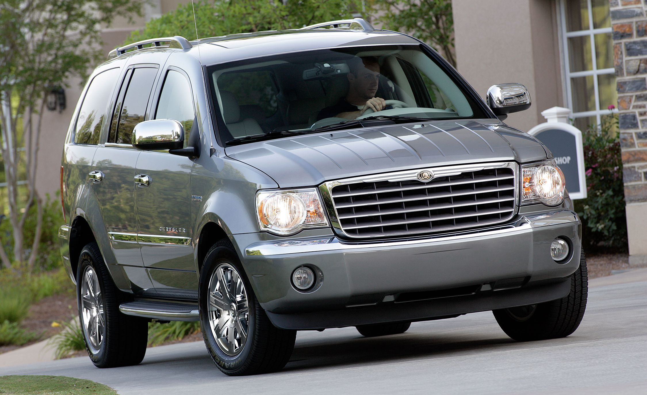 Chrysler Aspen (2007–2009) Based on the second-generation Dodge Durango, which itself looked like a Pug sucking on a lemon, the Aspen was the first SUV marketed by the Chrysler brand. That is pretty much where the fun facts end, unless you count the hybrid version Chrysler sold a few hundred of before pulling the plug.