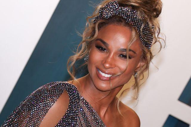 ciara at the 2020 vanity fair oscar party hosted by radhika jones   arrivals