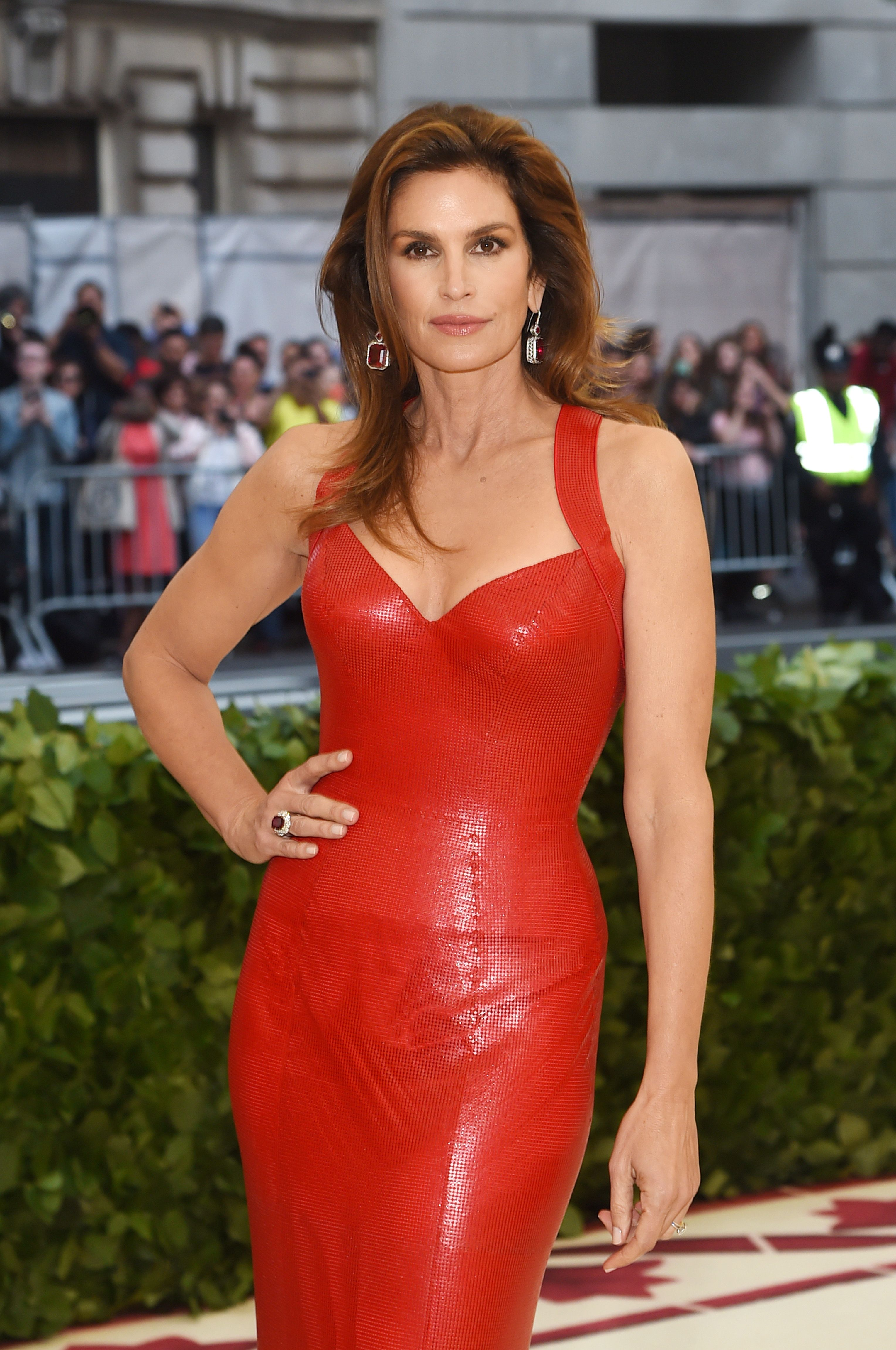 How Cindy Crawford Looks Happier, Healthier, And Younger Than Ever At 53
