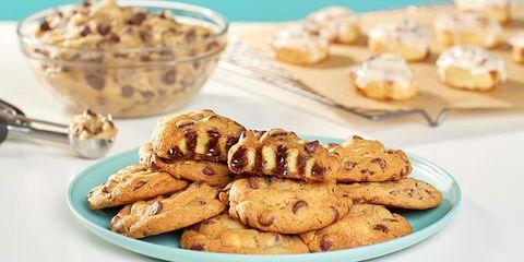 Finger food, Food, Biscuit, Dessert, Baked goods, Cuisine, Cookies and crackers, Sweetness, Ingredient, Cookie,
